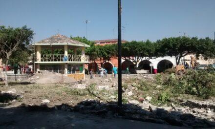 Comerciantes son reubicados por obra de remodelación del parque de Chietla
