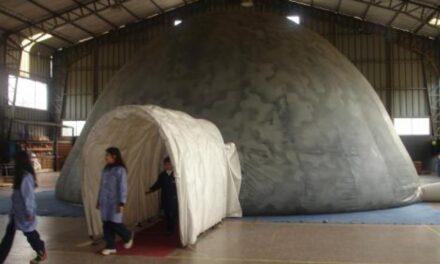 Planetario móvil se presentó en Huehuetlán el Chico