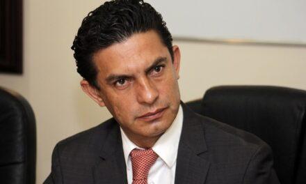 La desconfianza hacia políticos y partidos, aumenta #GabrielSánchez