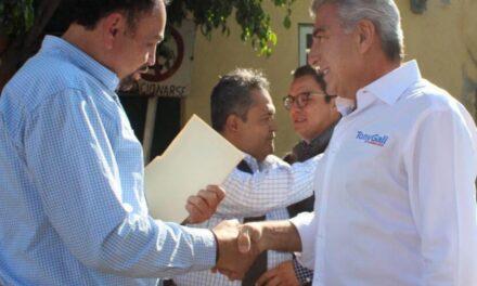 Nacer Hernández estuvo presente en evento del gobernador Tony Gali