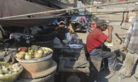 Aumenta la población que no puede adquirir la canasta alimentaria: Coneval