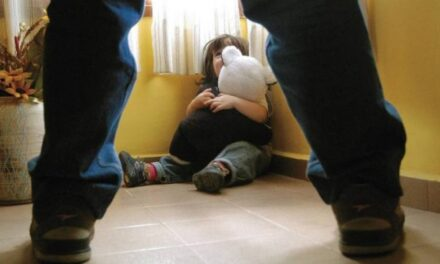 Dan tres años de cárcel a hombre que abusó de niña