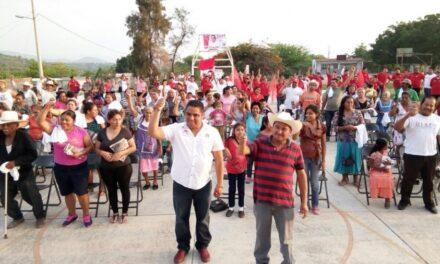 Olaf Ponce sigue recorriendo las comunidades de Chietla
