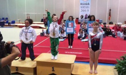 Bárbara Wetzel gana medalla de oro en el Mundial de Gimnasia Síndrome de Down
