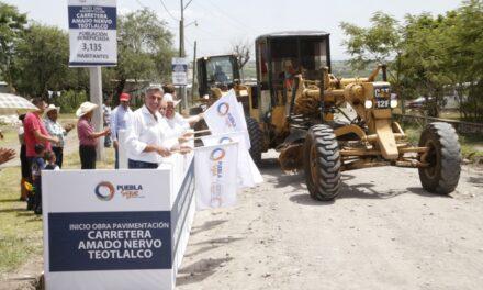 Tony Gali da inicio a obra carretera en Teotlalco