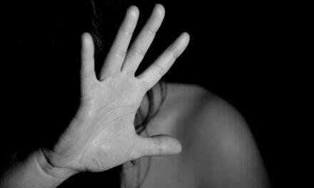 Inmigrantes detenidos denuncian abusos sexuales