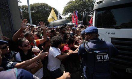 Manifestaciones tras incendio en Brazil