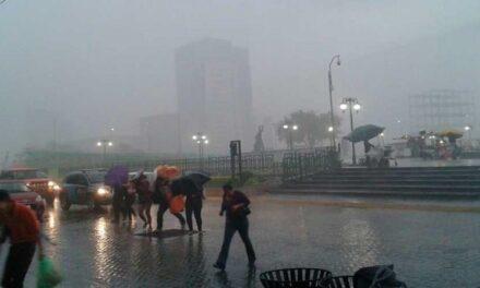 Lluvias intensas en Nuevo león,Monterrey deja muerta