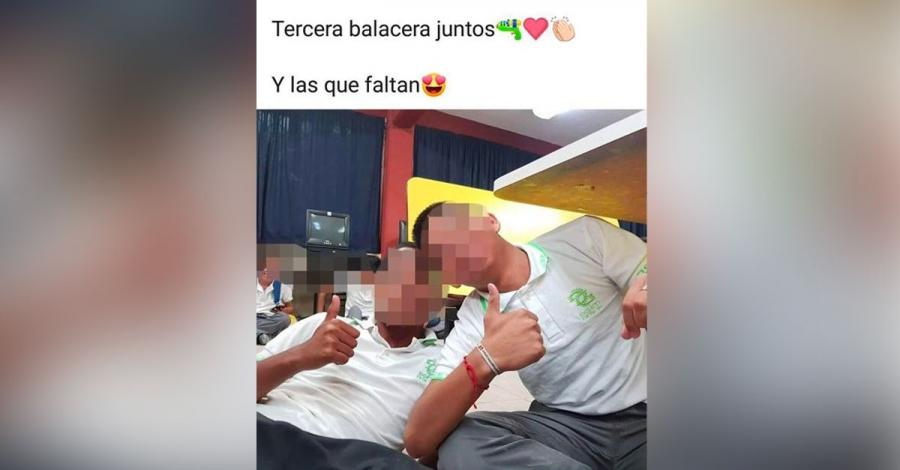 """""""Nuestra tercera balacera juntos"""": alumnos se toman selfie durante enfrentamiento armado"""