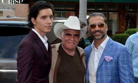 Piensan que es fácil ser hijo y nieto de personas famosas: Alex Fernández Jr.