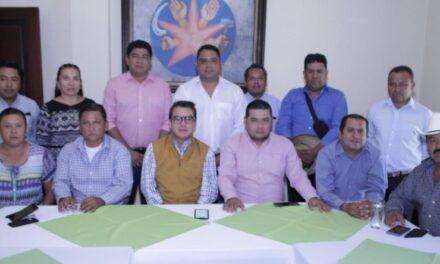 Gerardo Islas se reúne con presidentes municipales del Distrito 22