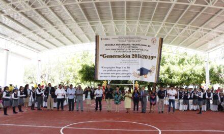 Entrega Ayuntamiento de Izúcar, obra de techado en la Secundaria Técnica #26