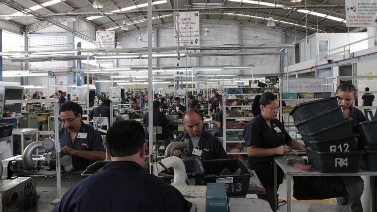 Gobierno interino nunca licitó la compra de uniformes: Canaive