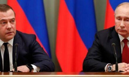 Renuncia el gabinete de Vladímir Putin