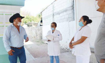 Continúan sanitizando espacios públicos en Huehuetlán el Chico