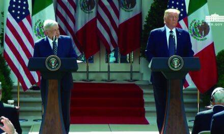AMLO y Trump firman una declaración tras su reunión en la Casa Blanca