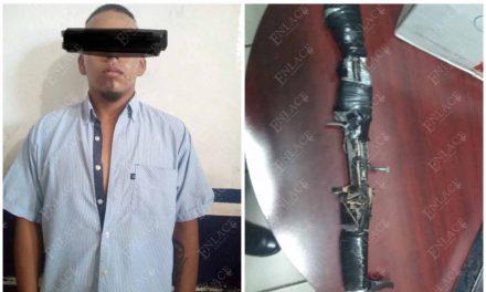 Detienen a un hombre y aseguran un arma casera en Chiautla de Tapia