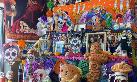 """Poblana ofrece en EU """"El color de México"""""""