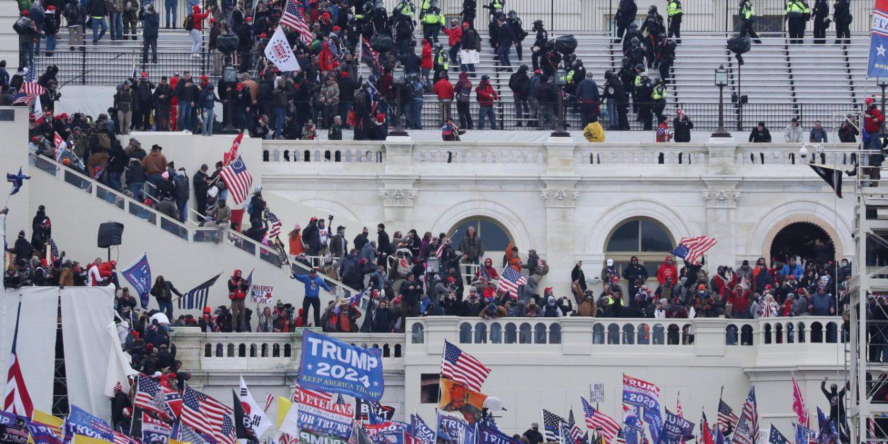 Muere mujer en manifestaciones del Capitolio