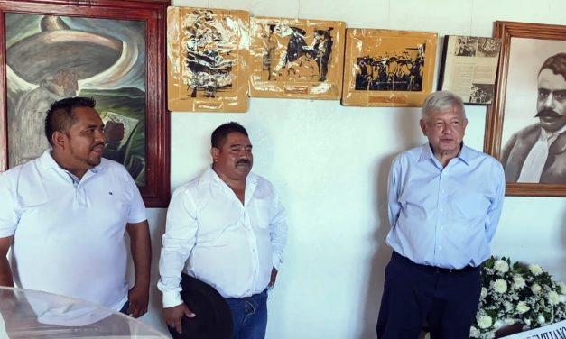AMLO conmemora aniversario de Zapata en Ayoxuxtla