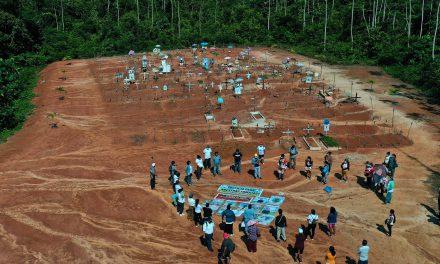 En Perú enterraron en secreto a víctimas de Covid-19