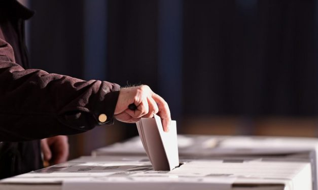 Salir a votar, la solución