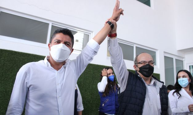 Felipe Calderón en Puebla;el colmo del cinismo