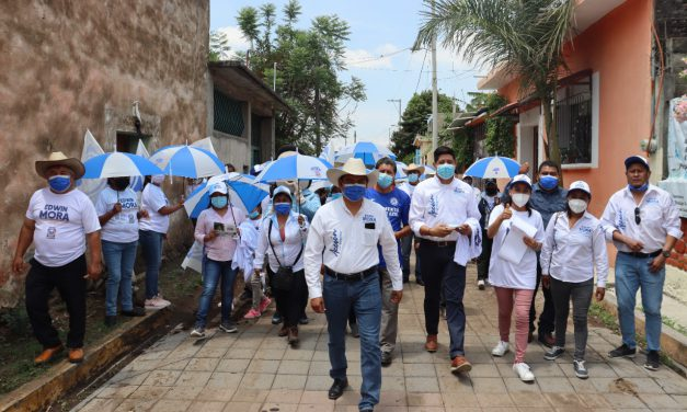 Edwin Mora continúa recorriendo Huaquechula