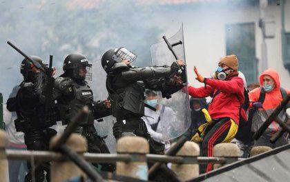 """Colombia al grito de """"Nos están matando"""""""