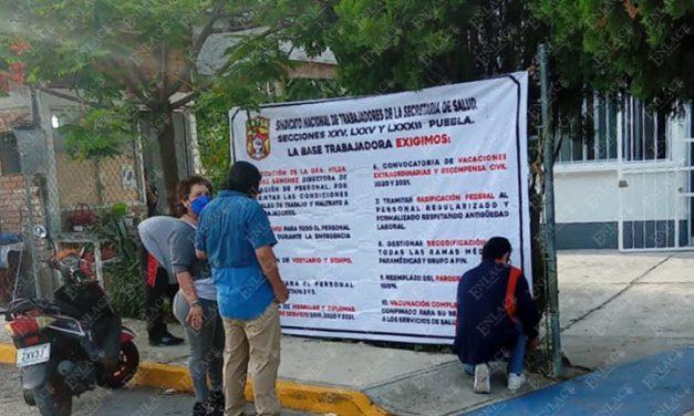 Paro de personal de salud de Puebla; demandan vacunas y equipo