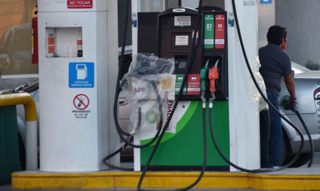 Gasolina Premium sube a $25 por litro; Magna se acerca a los $24 en México