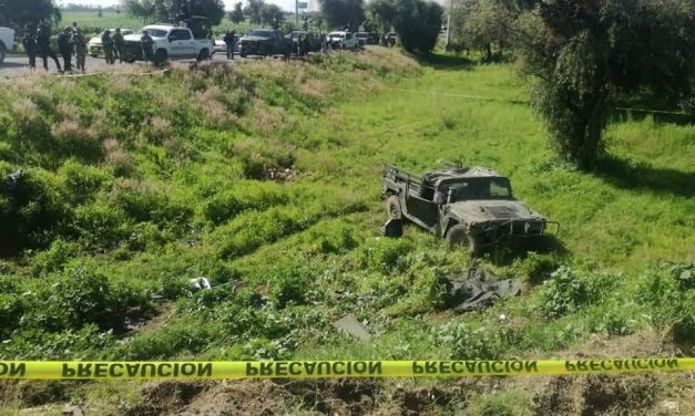 Muere un militar en volcadura de Jeep del Ejército en Huejotzingo