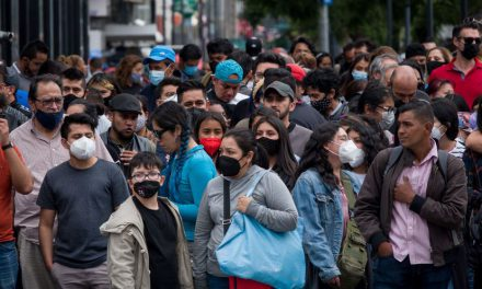 "México vive ""pequeños rebrotes"": AMLO"