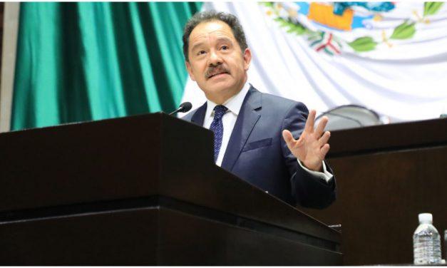 Ignacio Mier, seguirá al frente de Morena en el Congreso