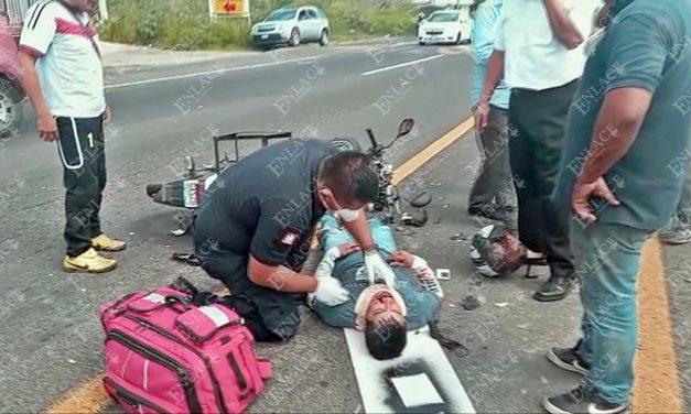 Motociclista resulta lesionado en accidente en Atlixco