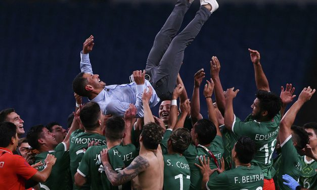 La selección mexicana de fútbol se queda con el bronce