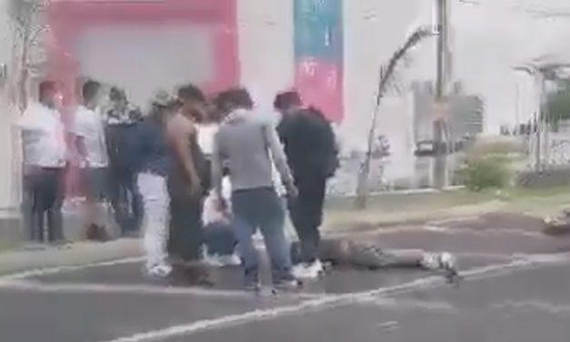 Motociclista muere atropellado