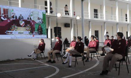 Reconoce presidente regreso a clases de Puebla