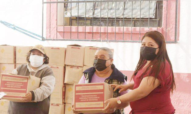Entregaron despensas a discapacitados en Huaquechula