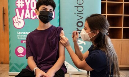 México confirma vacunación anticovid  para a menores de 12 a 17 años