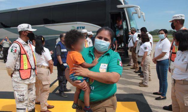México inicia deportaciones de migrantes haitianos