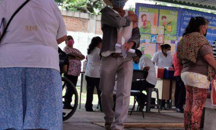 Segundas dosis de SinoVac y AstraZeneca en Puebla capital