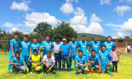 Continúa El Chino Morales apoyando al deporte en la región cañera