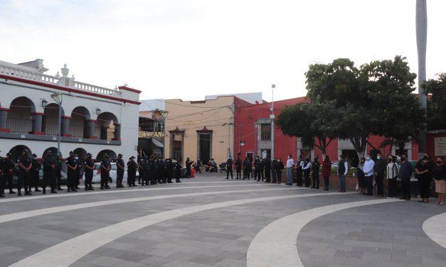 Irene Olea realiza primera ceremonia y pase de lista a cuerpos de seguridad