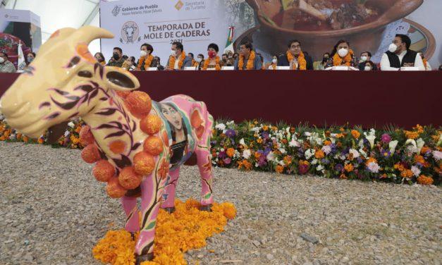 Inicia el festival del Mole de Caderas desde Tehuacán