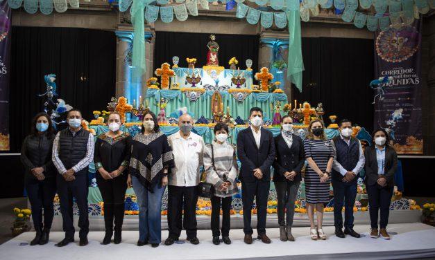Lilia Cedillo inaugura el Corredor de Ofrendas del Día de Muertos