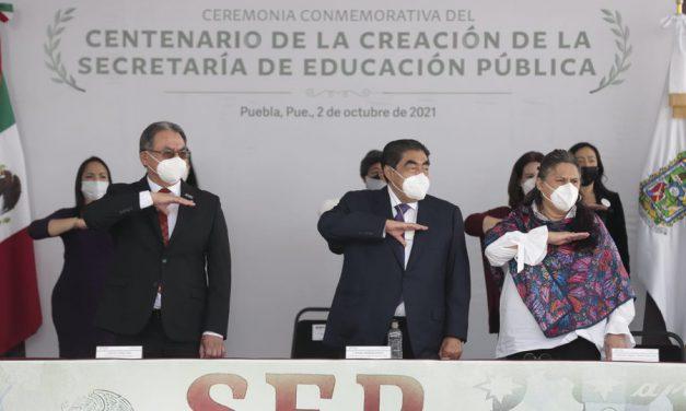 Puebla celebra 100 años de la creación de la SEP