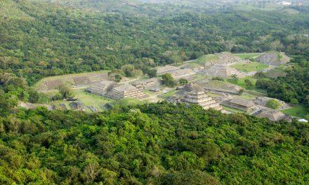 Pirámide de los Nichos del Tajín